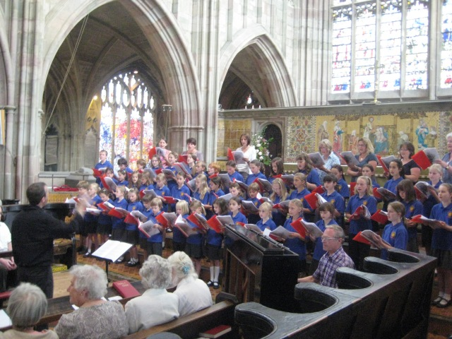 MMVCchoir in priory